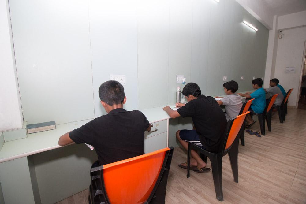 Study-Table